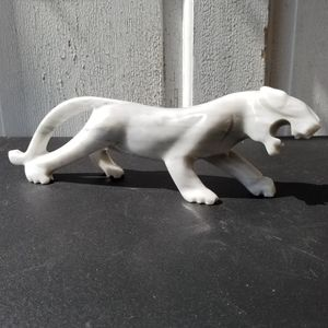 """11"""" Vintage carved stone big cat panther or jaguar"""